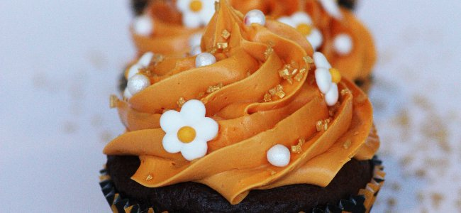 caramel chocolate cupcake recipe