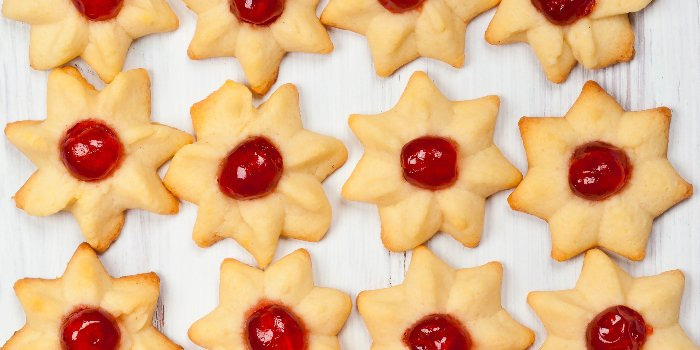 spritz cookies with candied cherries - best spritz cookie recipe